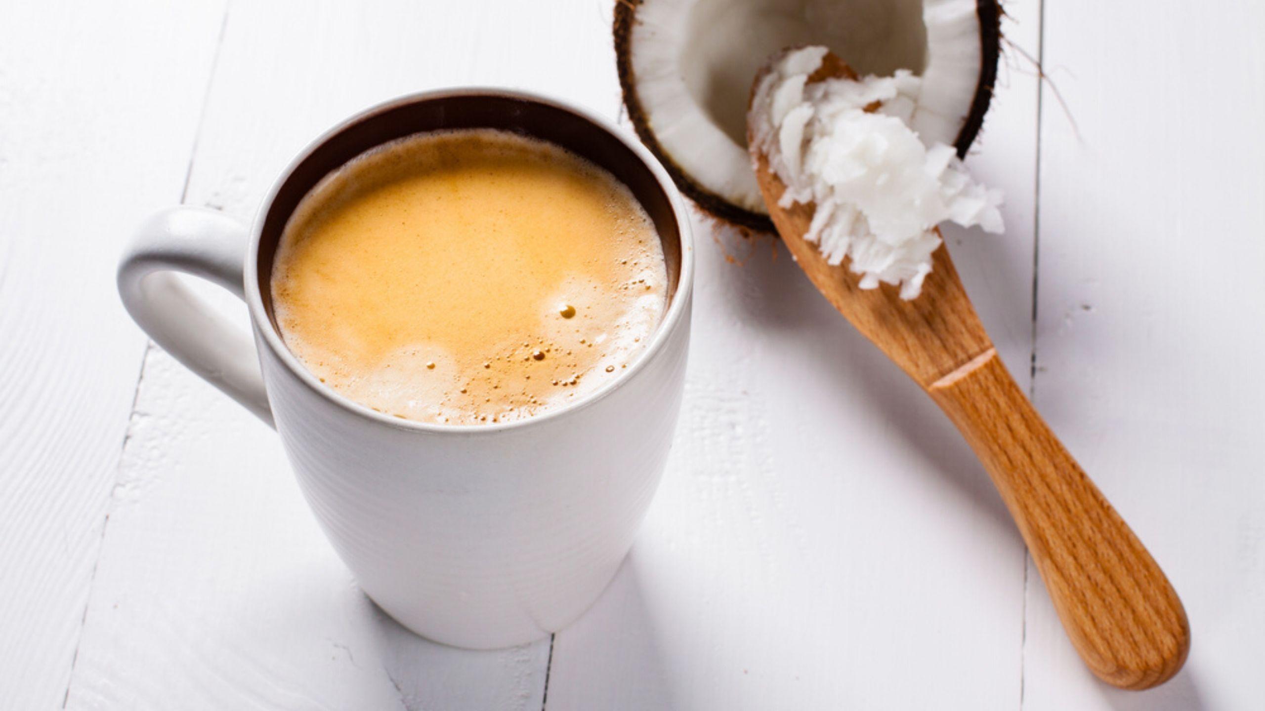 Кофе с кокосовым и сливочным маслом